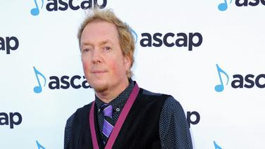 "Der Songwriter Dave Bassett auf dem Roten Teppich des ""ASCAP Pop Music Awards 2016"". © picture alliance / AP Images Fotograf: Richard Shotwell"