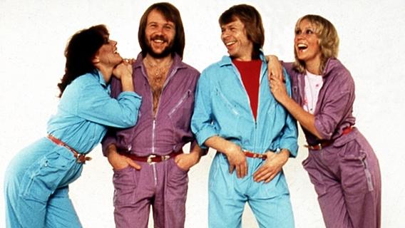 Die Mitglieder der Gruppe ABBA: Anni-Frid, Benny, Björn und Agnetha © picture-alliance / Mary Evans Picture Library