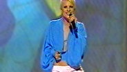 Laura beim Eurovision Song Contest 2002 © NDR