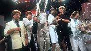 Wind freuen sich 1985 mit Hanne Haller über ihren Sieg beim deutschen Vorentscheid. Beim Grand Prix belegten sie den 2. Platz. 1997 vertraten sie ebenfalls Deutschland und belegten den 2. Platz, sowie 1992 den 16. Platz  Foto: Istvan Bajzat