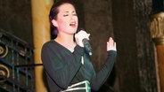 Ann Sophie singt bei der London Eurovision Party auf dem Leicester Square in London © PRINZ ESC Blog Foto: Peter