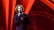 Michael Schulte auf der Bühne in Lissabon. © NDR Foto: Rolf Klatt