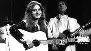 """Die Sängerin Nicole sing beim ESC 1982 ihr Lied """"Ein bisschen Frieden"""" © picture alliance / Lehtikuva Oy/dpa Foto: Lehtikuva Oy"""