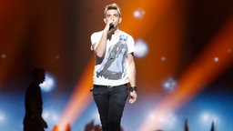 "Kurt Calleja aus Malta mit dem Song ""This Is The Night"". © Eurovision TV Fotograf: Thomas Hanses"