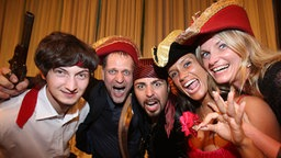 Die lettische Gruppe Pirates of the Sea bei der ESC-Willkommensparty in Belgrad © NDR Foto: Rolf Klatt
