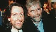 Paul Harrington und Charlie McGettigan nach ihrem ESC-Auftritt 1994 in Dublin. © Picture-Alliance / dpa
