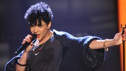 "Shelly Phillips singt ""Can´t Take My Eyes Of You"" bei der sechsten Show von ""Unser Star für Baku"" am 09.02.2012 in Köln © Brainpool/ProSieben/ARD Fotograf: Willi Weber"