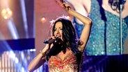 Dana International singt bei der Vorentscheids-Gala © NDR Fotograf: Uwe Ernst