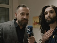 Conchita im Interview mit Bürger Lars Dietrich.