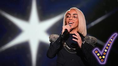 Bilal Hassani vertritt Frankreich beim Eurovision Song Contest 2019. © picture alliance/Franck Dubray/MAXPPP/dpa