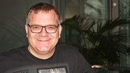 Moderator Elton ist zu Gast bei NDR 2 in Hamburg. © NDR Foto: Maya Ueckert