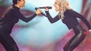 """S!sters mit """"Sister"""" auf der Bühne beim Vorentscheid in Berlin. © NDR Foto: Rolf Klatt"""