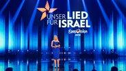 Barbara Schöneberger auf der Bühne beim ESC-Vorentscheid 2019 © NDR Foto: Rolf Klatt